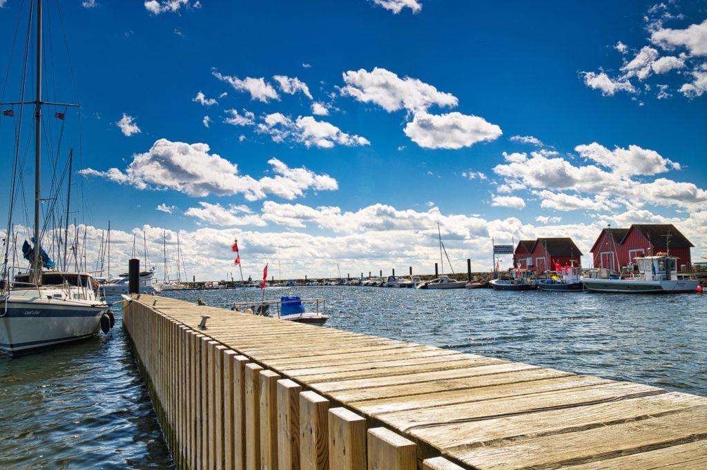 Boote im Hafen Boltenhagen