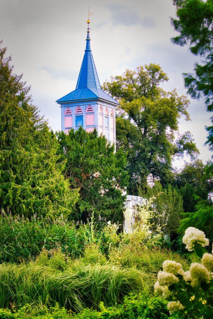 Kirchturm Dorfkirche im Schlosspark Criewen